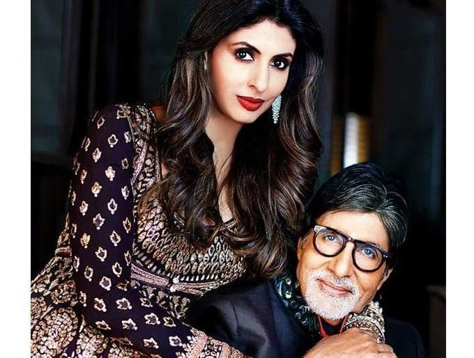 Shweta Bachchan is now a career in this field, she is happy to be the family of Bachchan | श्वेता बच्चन आता या क्षेत्रात करणार करियर, तिच्या या इनिंगमुळे बच्चन कुटुंबिय झाले खूश