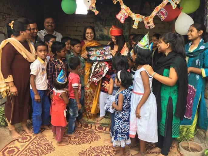 Tejaswini celebrates childhood with her children! | तेजस्विनीने साजरा केला बालदिन तिच्या मुलांसोबत!