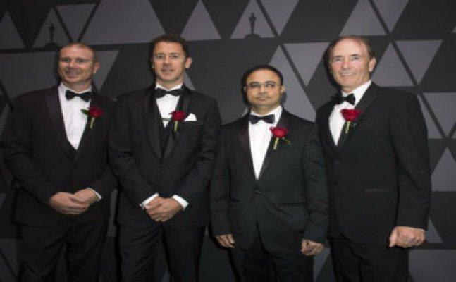 Oscar nominated by the Maratha Engineer | विकास साठ्ये या मराठमोळ्या अभियंत्याने पटकावला ऑस्कर