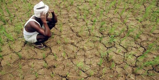 'There is no use of dam,to nearer land'; The villages near the dam in Sengawa are in drought-prone areas   'धरण उशाला अन् कोरड घशाला'; सेनगावात धरणाशेजारील गावेच दुष्काळाच्या छायेत