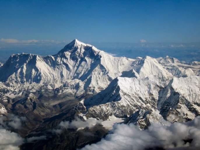 The 22-year-old Cami Sherpa, who was crowned Everest in Pune | २२ वेळा एव्हरेस्ट सर केलेले कामी शेर्पा पुण्यात