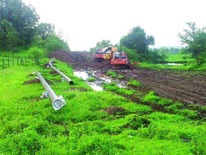 Land Acquisition: Notice from Reliance to farmers | जमीन अधिग्रहण : शेतकºयांना रिलायन्सकडून नोटीस