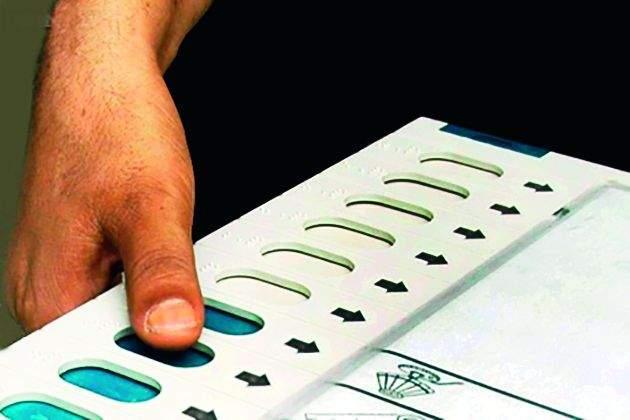 Gram panchayat election: Akola taluka's Kati-Pati 82 percent, while Ekalara polled 91 percent! | ग्रामपंचायत निवडणूक : अकोला तालुक्यातील काटी-पाटी ८२ टक्के, तर एकलारा ९१ टक्के मतदान!