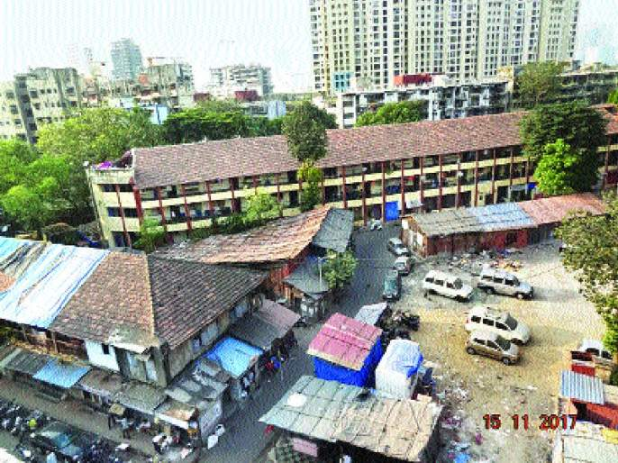Redevelopment will live on! Death penalty on residents of Bawala compound   पुनर्विकास जिवावर बेतणार! बावला कम्पाउंडच्या रहिवाशांवर मृत्यूची टांगती तलवार