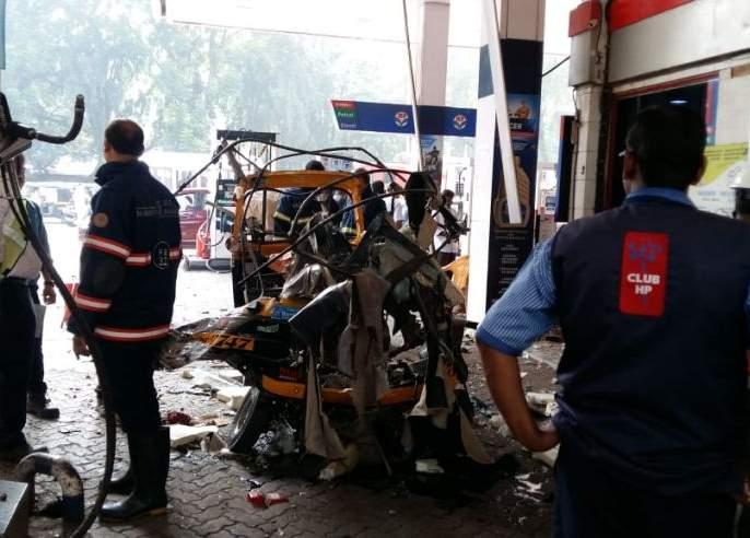 Cylinder explosion at petrol pump in Mumbai's Kandivali, three injured | कांदिवलीत पेट्रोल पंपावर सिलेंडरचा स्फोट, तीन जण जखमी