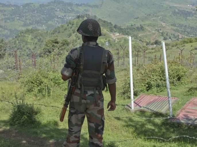 11 families of policemen kidnapped; Panic in Kashmir | पोलिसांच्या ११ कुटुंबीयांचे अपहरण; काश्मीरमध्ये घबराट