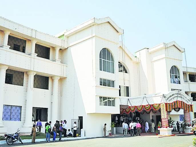 'Postpone' interviews of 'MAFSU' Vice Chancellor in Nagpur | नागपुरातील 'माफसू' कुलगुरूपदाच्या मुलाखती 'पोस्टपोन'