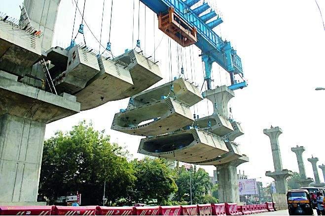 Double-decker of Nagpur Metro | असा बनतोय नागपूर मेट्रोचा डबल डेकर