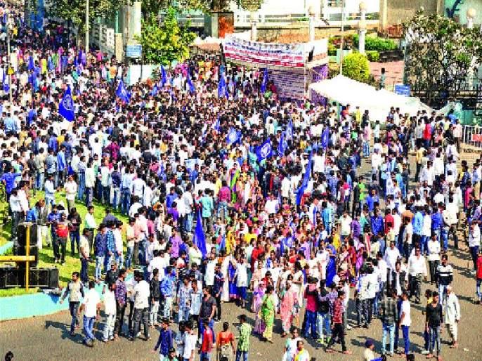 Pimpri-Chinchwad City, Mavalala Bandala Response   पिंपरी-चिंचवड शहर, मावळात बंदला प्रतिसाद