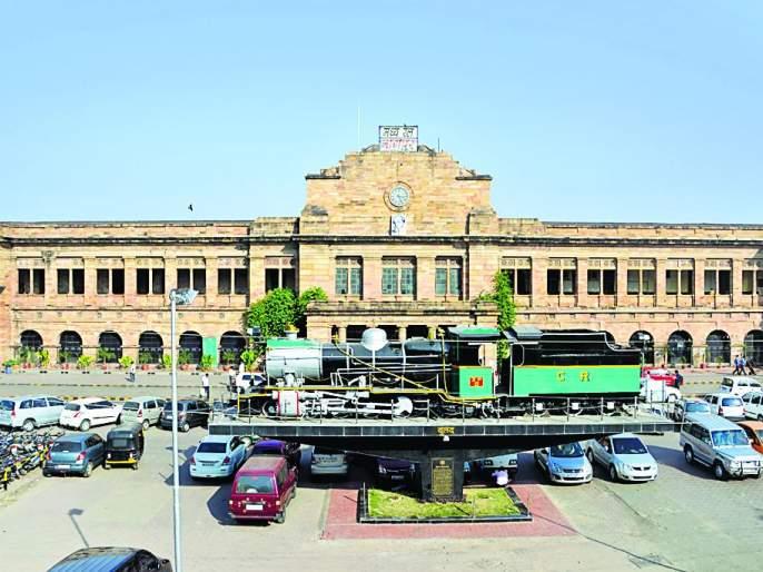 16 trains on Nagpur railway station home platform | नागपूर रेल्वेस्थानक होम प्लॅटफार्मवरून धावणार १६ रेल्वेगाड्या