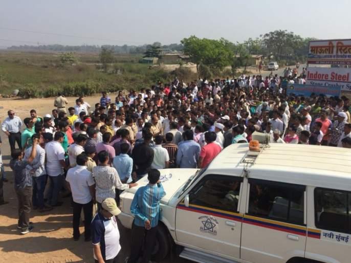 Navi Mumbai villager protest against airport construction | नवी मुंबई विमानतळाचे कामकाज केले ठप्प, ग्रामस्थांनी केला विरोध