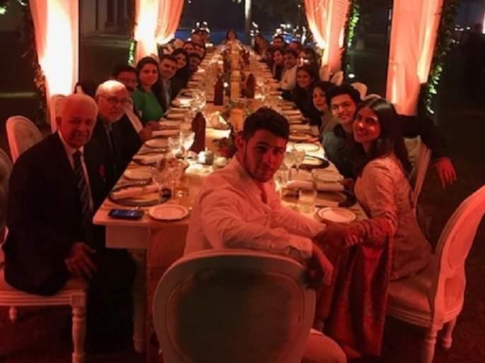 Priyanka Chopra Shares Photo of Thanksgiving Family Dinner with Nick Jonas | निक जोनाससाठी प्रियांका चोप्राने दिली Thanksgiving party
