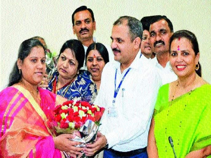 Standing Committee chaired: BJP's Mamta Gaikwad won | स्थायी समिती अध्यक्षपद : भाजपाच्या ममता गायकवाड विजयी
