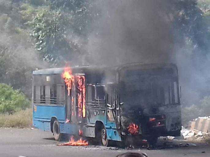 17 buses were burnt in two and half years | अडीच वर्षात पीएमपीच्या 17 बर्निंग बसेस