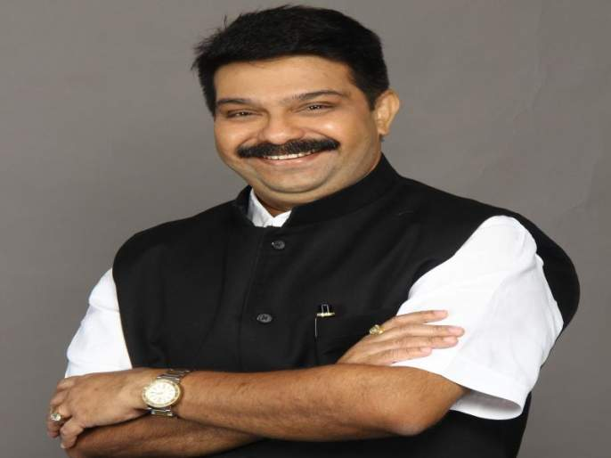 In the Vidhan Parishad elections, the victory of the alliance candidate Prasad Lad | विधान परिषद निवडणुकीत युतीचे उमेदवार प्रसाद लाड यांचा दणदणीत विजय
