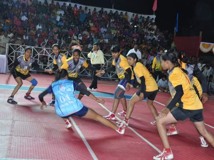 State level Chhatrapati Shivaji Maharaj dominates Pune on the first day of Kabaddi tournament | राज्यस्तरीय छत्रपती शिवाजी महाराज कबड्डी स्पर्धेत पहिल्या दिवशी पुण्याचे वर्चस्व