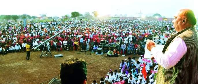 Ra Self Sangha imposes struggle on Maratha Seva Sangh - Purushottam Khedekar   रा. स्व. संघाने मराठा सेवा संघावर संघर्ष लादला - पुरुषोत्तम खेडेकर