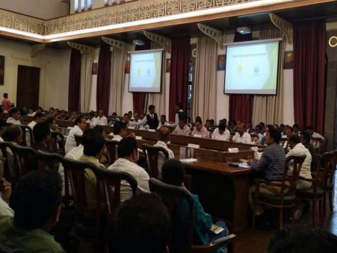 Understand plastic side effects: Ramdas step; Discuss with the officials at Council Hall | प्लॅस्टिकसह थर्माकोलवरही बंदीचा विचार : रामदास कदम; पुण्यात अधिकाऱ्यांबरोबर चर्चा