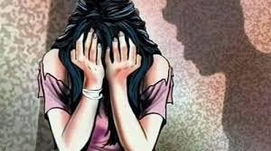 A teenage girl raped and sentenced to 20 years rigorous imprisonment for the offense | अल्पवयीन मुलीवर एका मुलादेखत बलात्कार, आरोपीला २० वर्षे सश्रम कारावासाची शिक्षा