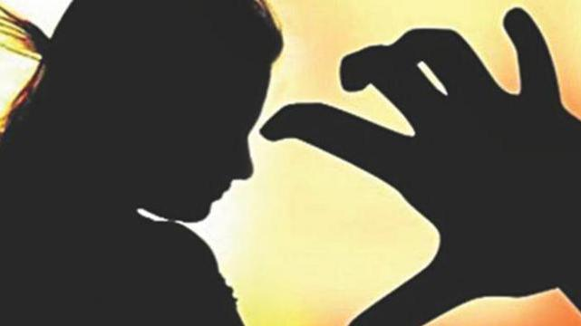 old aged person arrested who raped three little girls. | तीन चिमुकलींवर बलात्कार करणारा वृद्ध जेरबंद