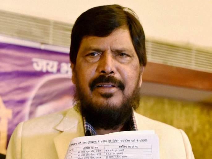 Give Mumbai's central station the name of Dr. Babasaheb, Ramdas Athavale's demand   मुंबई सेंट्रल स्थानकाला डॉ. बाबासाहेब आंबेडकरांचे नाव द्या, रामदास आठवलेंची मागणी