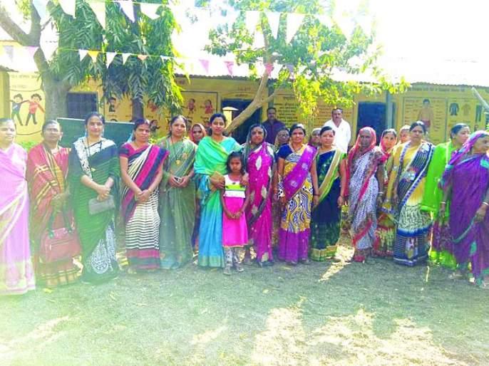 rutuja got help! | आईचे छत्र हरवलेल्या ऋतुजाला मिळाला मायेचा आधार