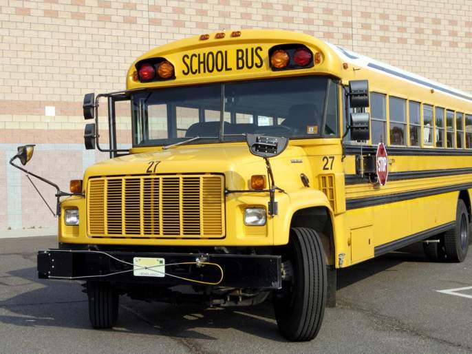 Nagpur's majority school bus have not 'GPS' system !   नागपुरातील बहुसंख्य स्कूलबस 'जीपीएस' विनाच !
