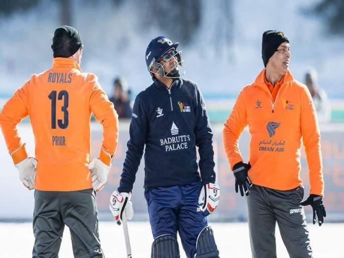 Cricket match on Lake Liverpool in Switzerland; Sehwag got rid of Afridi's team | स्वित्झर्लंडमध्ये गोठलेल्या तलावावर रंगला क्रिकेटचा सामना; सेहवागने आफ्रिदीच्या संघाला चोपले