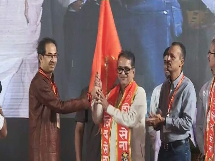 shivsena anniversary - MNS Leader shishir shinde apologized to shivsena | शिवसैनिकांची कान धरून माफी मागत शिशिर शिंदेंनी बांधलं शिवबंधन