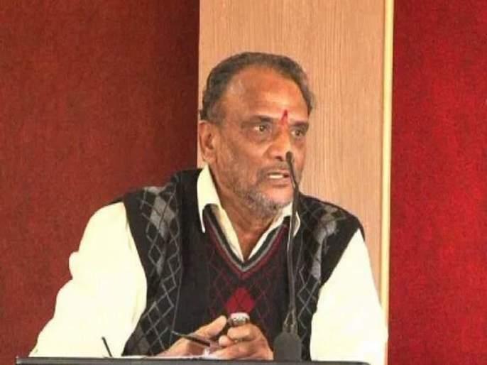 Atrocity crime against former president Sabnis of Marathi Sahitya Sammelan | मराठी साहित्य संमेलनाचे माजी अध्यक्ष सबनीस यांच्याविरुद्ध अॅट्रॉसिटीचा गुन्हा
