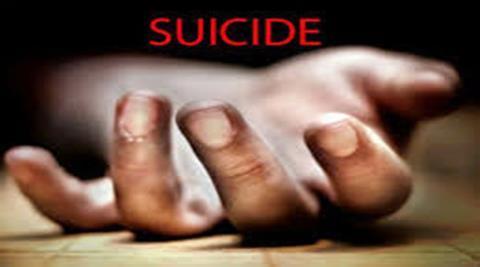 jump from 11 floor building; women suicide in Wakad, Pimpri Chinchwad   अकराव्या माजल्यावरून उडी मारून विवाहितेची वाकडमध्ये आत्महत्या