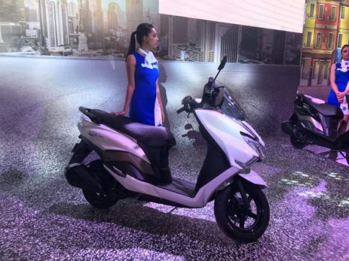 Suzuki luxury scooter burgman Auto Expo 2018 | Auto Expo 2018: जाणून घ्या सुझुकीच्या या लक्झरी स्कुटीची फिचर्स आणि किंमत