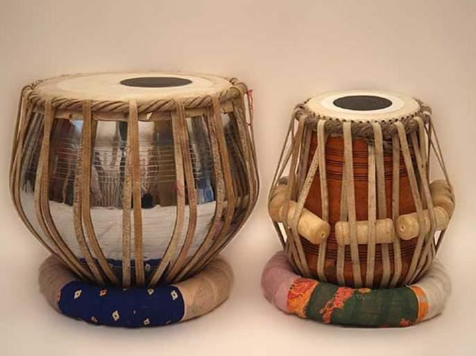Due to GST bump, work on Kalam, Tabla, Harmonium repaired artisans | जीएसटीच्या दणक्यामुळे वाद्य खरेदीपेक्षा दुरुस्तीकडे कल, तबला, हार्मोनियम दुरुस्ती कारागीरांकडे काम वाढले
