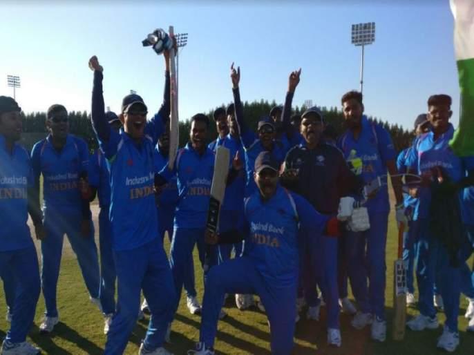 India's spectacular winning opening, hard-hitting Rival Pakistan | भारताची शानदार विजयी सलामी, कट्टर प्रतिस्पर्धी पाकिस्तानला लोळवले