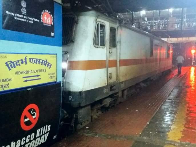 Intercity, Vidarbha Express control by women today | महिलांकडे आज इंटरसिटी, विदर्भ एक्स्प्रेसचा ताबा