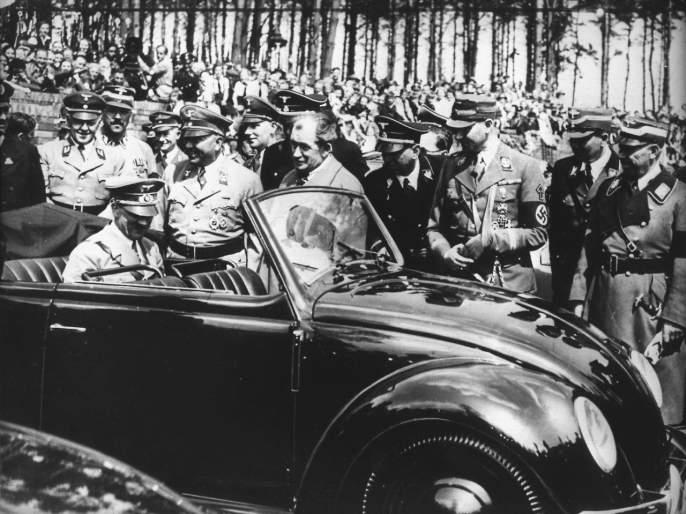 Hitler's favorite beetle ends; Volkswagan to stop production by 2019   हिटलरच्या आवडत्या बीटलचा तब्बल 8 दशकांचा प्रवास संपणार
