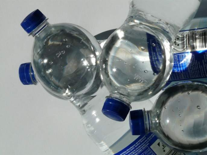 Vasaiet bottled water blast; The criteria for purity, what's wrong with the administration? | वसईत बाटलीबंद पाण्याचा गोरखधंदा; शुद्धतेचे निकष पायदळी, प्रशासन गप्प का?