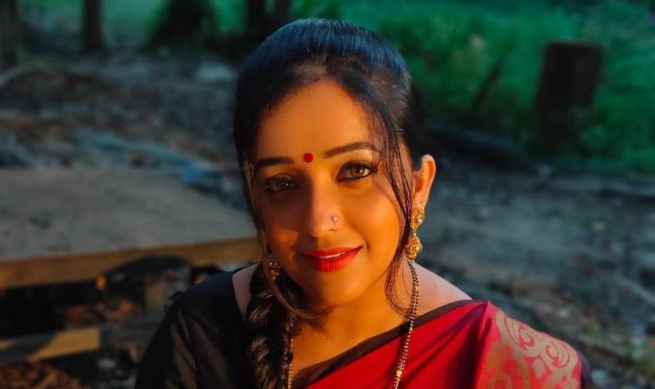 प्रेक्षकांच्या लाडक्या 'शेवंता'चा आज वाढदिवस, जाणून घ्या तिच्याबद्दलच्या खास गोष्टी - Marathi News | birthday special ratris khel chale fame shevanta apurva nemlekar unknown facts ...