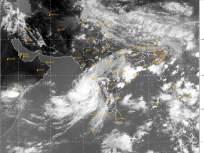 निसर्ग चक्रीवादळ ताशी १००-११० किलोमीटर वेगाच्या वाऱ्याने ३ जूनच्या दुपारी अलिबाग पार करणार - Marathi News | Nature cyclone will cross Alibag on June 3 in the afternoon with winds of 100-110 kmph | Latest mumbai News at Lokmat.com