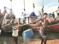 डिझेल दरवाढीमुळे मासेमारी व्यवसाय येणार धोक्यात - Marathi News | Diesel price hike threatens fishing business | Latest mumbai News at Lokmat.com