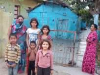 कोरोनामुळे त्यांच्यावर आली उपासमारीची वेळ - Marathi News | Hunger struck on them because of Corona | Latest akola News at Lokmat.com