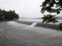 मुसळधार पावसानंतर मुंबईतील विहार तलाव भरुन वाहू लागला - Marathi News | After torrential rains, Vihar Lake in Mumbai started overflowing | Latest mumbai News at Lokmat.com