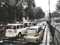 मुंबईत खासगी वाहनांतील विनामास्क प्रवासावर दंड नाही, पालिकेचा निर्णय - Marathi News | There is no penalty for without masked travel in private vehicles in Mumbai, the decision of the municipality | Latest mumbai News at Lokmat.com