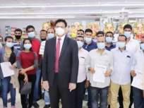 मसालाकिंग दातार यांच्या मदतीमुळे अनेक मराठी कुटुंबं सुखरूप मायदेशी - Marathi News | Masala King Dhananjay Datar help to Many Maharashtrian Families Stranded in Dubai to Return Home | Latest mumbai News at Lokmat.com