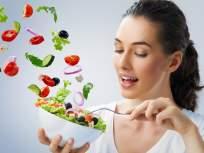 उपवास की वजन कमी होण्यासाठी उपाशी राहणं?; डायटीशियन रुजुता दिवेकरने सांगितला यातील फरक - Marathi News | Difference between traditional fasting and weight loss fasting by dietician rujuta diwekar | Latest health News at Lokmat.com
