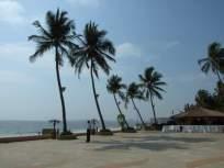 जुहू बीचवरील खाद्यपेये विक्रेत्यांकडून भुईभाडे आकारणार - Marathi News | Land will be charged from food and beverage vendors on Juhu Beach | Latest mumbai News at Lokmat.com