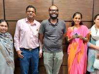 टीक टीक वाजते डोक्यात... संजय राऊतांनंतर कुणाल कामराने घेतली सुप्रिया सुळेंची भेट - Marathi News   After Sanjay Raut, Kunal Kamra met Supriya Sule, photos viral on twitter   Latest mumbai News at Lokmat.com