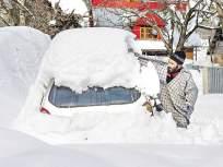 काश्मीर खोऱ्यात बर्फवृष्टी सुरूच; धावपट्टीवर बर्फ साचल्यामुळे सर्व उड्डाणे रद्द