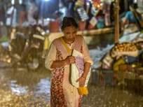 वा-याच्या वेगाने कोसळलेल्या धारेने मुंबईला झोडपले - Marathi News | Mumbai was hit by a torrential downpour | Latest mumbai News at Lokmat.com
