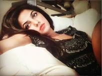 कोरोना लॉकडाऊन : कॅलिफोर्नियाहून परत आली ही अभिनेत्री, शेअर केला भयावह किस्सा ! - Marathi News | Corona Lockdown: Actress Neetu Chandra who Returned from California, Shared a horror Experience-SRJ | Latest bollywood News at Lokmat.com